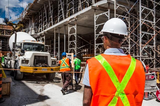 יועץ בטיחות אש בעבודה מומחה ומקצועי - א.ב בטיחות