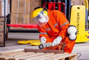תיק מפעל בטיחות עם המקצוענים בתחום